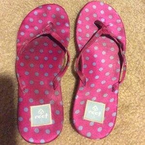 💙 Pink and blue polka dots flip flops 💕